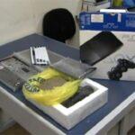 Malandros são presos tentando vender notebook de pedra para policial