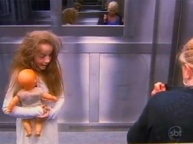 Menina fantasma no elevador vira hit na web