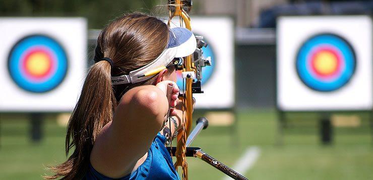 O arco e flecha é um esporte olímpico que não demanda esforço físico, mas requer precisão
