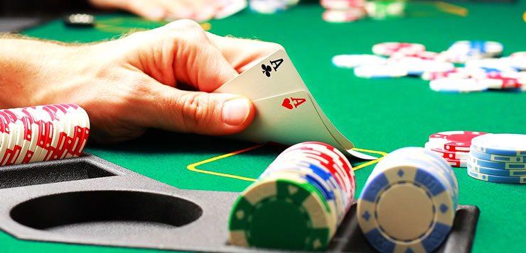 O poker foi reconhecido pelo governo norte-americano como um esporte.