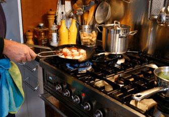 É ecologicamente correto cozinhar com gás ou com eletricidade?