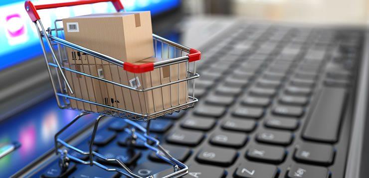 A tecnologia já permite que, por meio dos e-commerce, as compras sejam feitas a partir de casa