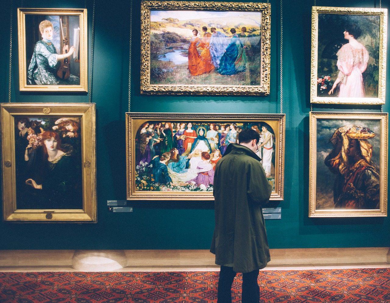 Fotografar com flash prejudica obras de arte?